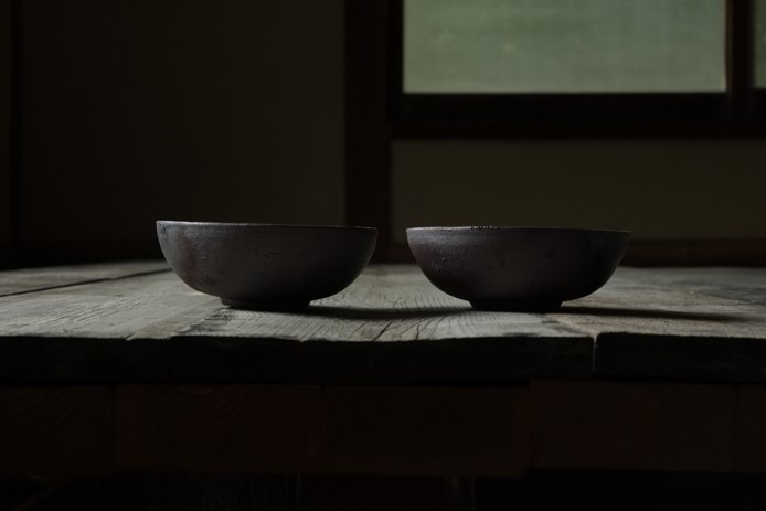 Bowls: made in Tokoname out of an iron rich Clay.